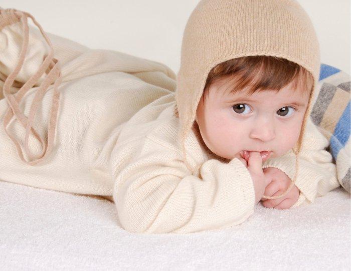 Giữ ấm cho trẻ để giảm thiểu tình trạng ho, viêm họng, viêm amidan